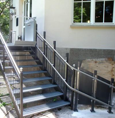 Plattformtreppenlift_Treppenlift_Kärtnen_PLK8-00014