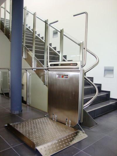 Plattformtreppenlift_Treppenlift_Kärtnen_PLK8-0002