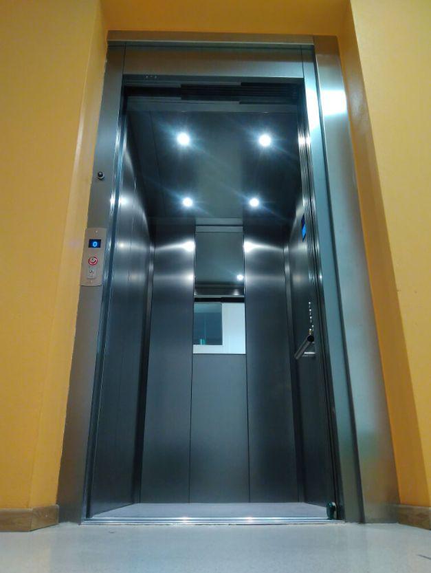 aufzug ohne berfahrt lift ohne unterfahrt homelift in k rnten. Black Bedroom Furniture Sets. Home Design Ideas